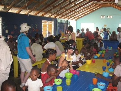Dominican Feed the Kids